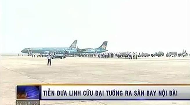 Tiễn đưa Đại tướng ra sân bay Nội Bài